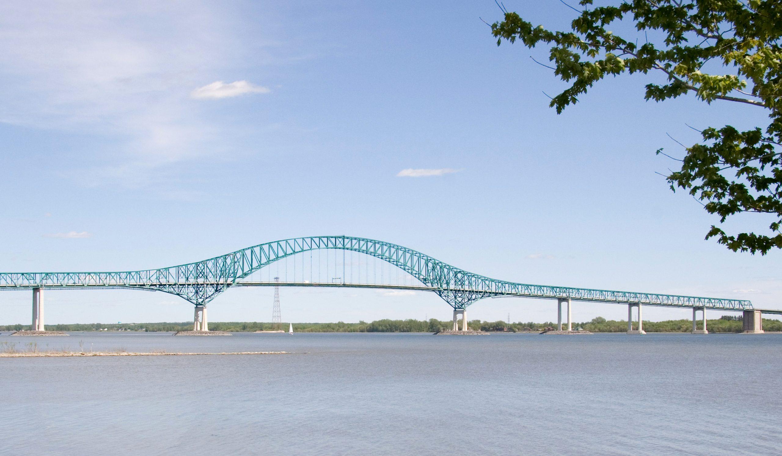 Pont Laviolette, Trois-Rivières, Québec